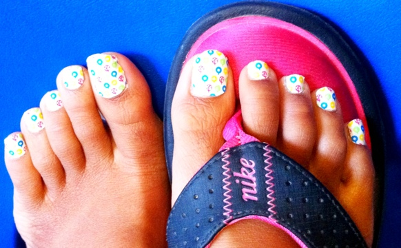 Christmas Ornaments on Toes – Jamberry Nails
